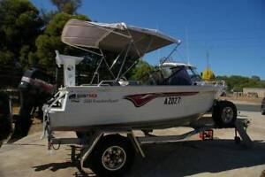 Quintrex 500 Freedom Sport bow rider 1998 model