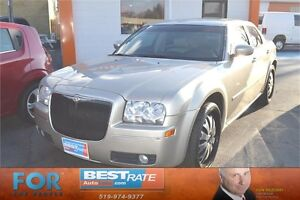 2006 Chrysler 300 Touring - SUNROOF, LEATHER SEATS