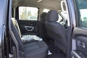 2017 Nissan Titan SV 4X4 GAS Navigation Heated Seats Back up Cam Edmonton Edmonton Area image 11