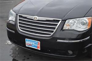 2010 Chrysler Town & Country Limited - LEATHER SEATS - POWER