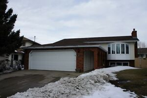 Millwoods 5 Bedroom Bi level Lots of Upgrades Don't Miss Out!!