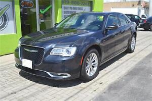 2016 Chrysler 300 Limited RWD  (((((( Reduced ))))))