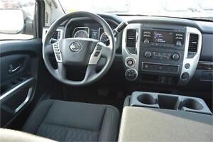 2017 Nissan Titan SV 4X4 GAS Navigation Heated Seats Back up Cam Edmonton Edmonton Area image 16