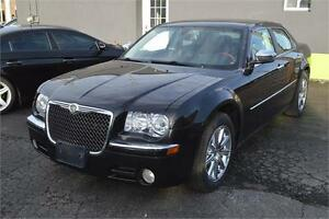 2009 Chrysler 300 Limited with sunroof, leather :::: $29 a week