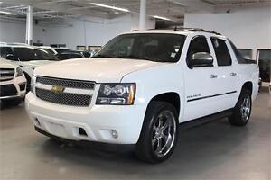 2011 Chevrolet Avalanche 1500 LTZ NAVIGATION/DVD/CHROM 22 WHEELS