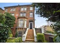 5 bedroom flat in Rutland Grove, Hammersmith