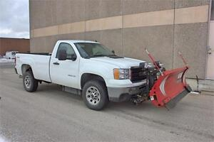 2014 GMC SIERRA 3500 W/ SNOW PLOW