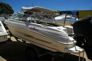 Haines Signature 530BR 2006 model 140hp four stroke bow rider.