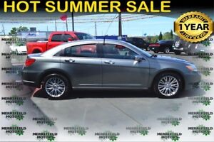 2013 Chrysler 200 Limited, Sunroof, Leather Seats - $45 Weekly