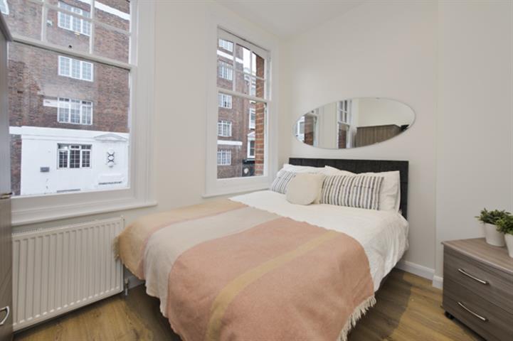 1 bedroom in Charleville Road, West Kensington