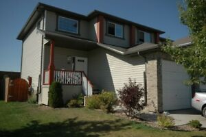 Pet Ok-Gorgeous 2 Story Home in Leduc Available for Rent