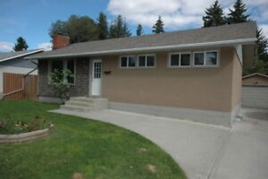 1 Pet Ok-Affordable and Convenient Basement Suite in St. Albert