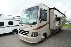 Coachmen Pursuit 30FW Class A motorhome with bunk bed