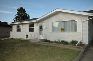 Renovated Main Floor Suite in a Great Family St.Albert Community