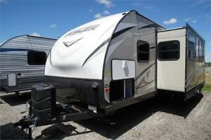 2018 Tracer 2750 couples double slide travel trailer