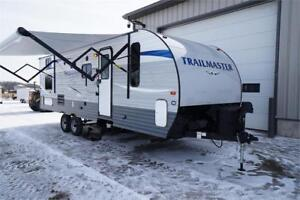 Cheap travel trailer with bunks! ONly $84 / payment!