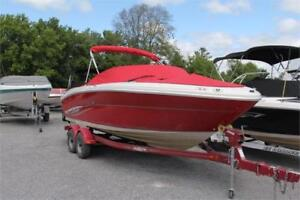 2006 SEA RAY 220 SELECT. 400 Hours. IN-HOUSE FINANCING!
