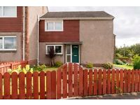 Attractive, spacious 3 bedroom (no-HMO) family home in Gracemount available June– NO FEES!