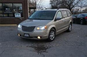 2009 Chrysler Town & Country Limited ~ LEATHER ~ NAVIGATION~Mint