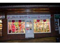 FLORISTRY, CARD & GIFT SHOP BUSINESS REF 146067