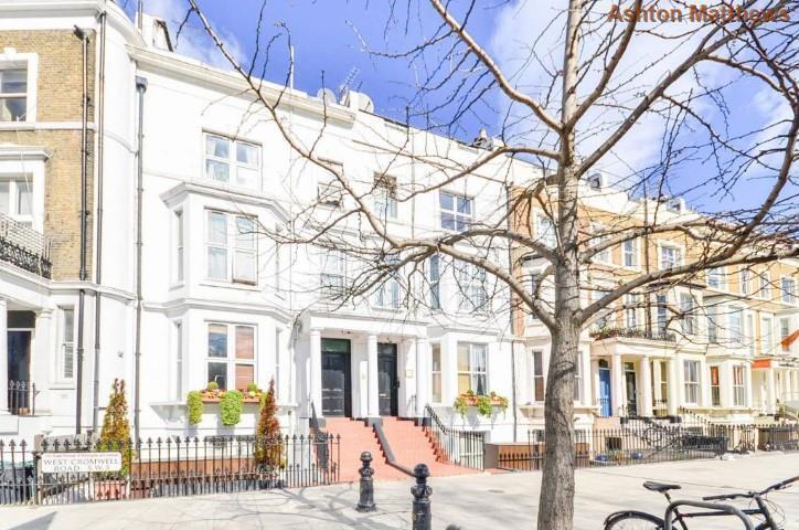 Studio flat in West Cromwell Road, Earls Court