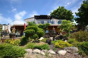 Gorgeous Home On 10 Acres with Bonus In-Law  Accomodation