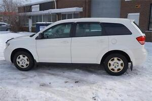 2009 Dodge Journey SE ** No Accident - In Mint Condition **
