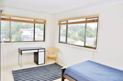 Clean furnished private Bondi Beach Must see 12pm noon Sat 21 Oct