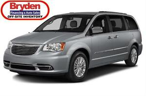 2016 Chrysler Town & Country Touring / 3.6L V6 / Auto / FWD