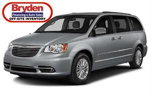 2016 Chrysler Town & Country Touring / Leather / 3.6L / Auto