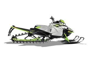 2018 Arctic Cat Early Release M8000