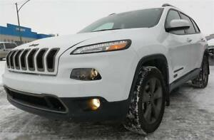 2016 Jeep Cherokee North 4x4 3.2L panoramic roof/CAMERA-REDUCED