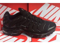 Nike TNs All Black Trainers Boxed