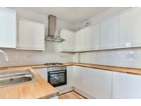 5 Bedroom Extensively Refurbished Tousehouse in the heart of Gloucester