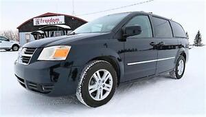 2010 Stow n Go Dodge Grand Caravan SXT with COMMAND START!