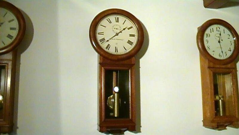 Clock Repair DVD Video - Repairing the Seth Thomas #2 Regulator Wall Clock
