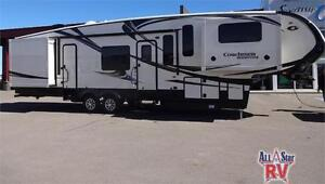 BROOKSTONE 375 FRONT LIVING ROOM FIFTH WHEEL - JUST LIKE HOME