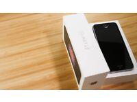IPhone SE Silver/Black Unlocked 16GB