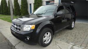 2010 FORD ESCAPE***4 CYLINDRES+MANUELLE+MAGS+TRÈS PROPRE***