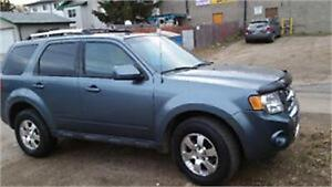 2011 Ford Escape Limited...4X4 Highway km $4999