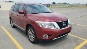 2014 Nissan Pathfinder SL LOW KMS