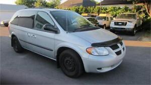 2004 Dodge Caravan SXT 81000KM  7 PASSAGER COMME NEUF FINANCEMEN