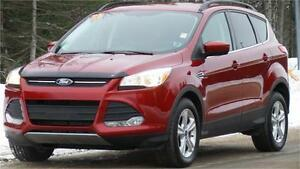 2015 Ford Escape SE (Only 27K!!!)