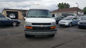 2010 Chevrolet Express Cargo Van With high roof Office!!!!!!!!!!