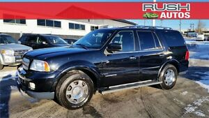 2006 Lincoln Navigator Ultimate 4WD **Leather, Moonroof, DVD**