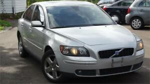 2005 Volvo S40 2.5L AWD WITH SAFETY CERTIFICATE