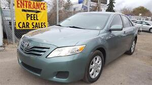 2011 Toyota Camry LE**ACCIDENT FREE** LOW KMS**