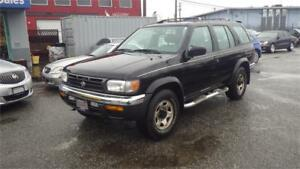 1999 Nissan Pathfinder XE Chilkoot