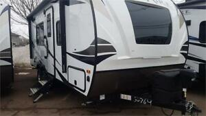 2019 Palomino Solaire 202RB