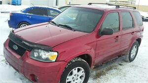 2006 Ford Escape Limited 4WD $300 GAS CARD!!